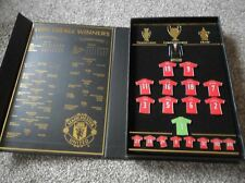 MANCHESTER UNITED 1999 TREBLE WINNERS LIMITED EDITION BOXED BADGE SET -BRAND NEW