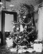 Vintage Christmas Images Black And White 8x10 Picture Celebrity Print