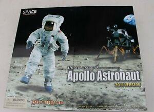 NEW 2011 VERSION APOLLO 11 ASTRONAUT ACTION FIGURE SPACE COLLECTION DRAGON MODEL