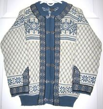VINTAGE DALE OF NORWAY CARDIGAN WOOL SWEATER W/ PEWTER FASTENERS & BUTTONS