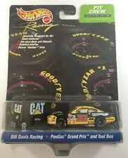 1998 HOT WHEELS RACING CAT CATERPILLAR Tool Box #22 NASCAR Pit Crew NP dc07
