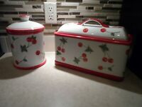 TARGET HOME COLLECTION RETIRED CHERRY CHERRIES BREAD BOX & COOKIE JAR RETRO