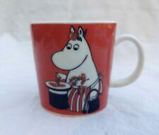 NEW Moomin Mug Moominmamma and berries 1999-2013 Arabia Finland Red Hippo NWT