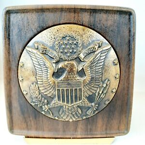 MCM Wood Grain Bakelite Great Seal of United States Eagle Bars Stars Bookends