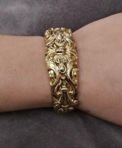 Vintage Signed Whiting & Davis Beautiful Gold Tones Hinged Bangle Bracelet
