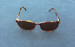 NEW Vintage Serengeti Sunglasses Genuine round Isles, Photochromic Drivers lens