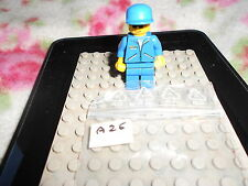 LEGO VINTAGE MINIFIG   OMINO   6444 Outback Airstrip   6484  F1 Hauler