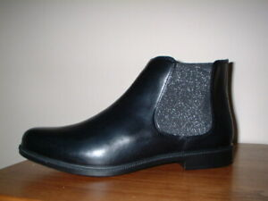 HOTTER TENBY BLACK LEATHER ZIP FASTEN ELASTIC PANEL CHELSEA BOOTS SIZE 9/43 EXF