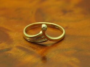 8kt 333 Yellow Gold Ring with Diamond Decorations/1,1g/ Rg 53,5