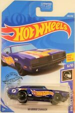 Hot Wheels - 2019 HW Race Team 6/10 '69 Dodge Charger 243/250 (BBFYC73)