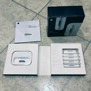APPLE UNIVERSAL DOCK KIT IPOD DOCKING STATION MB045G/A A1153 - COMPLETE