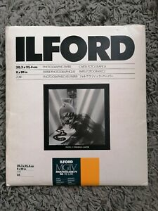 Ilford Multigrade IV RC Deluxe 17 Sheets  8 x 10, Sheets Satin Photo Paper