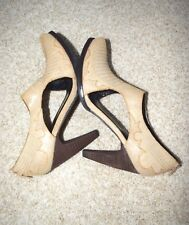 NWOB Womens ENVY Beige Leather Down Ankle booties open sides Heels Size 8.5