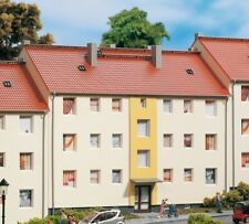 SH  Auhagen 11402 Mehrfamilienhaus Bausatz Spur HO