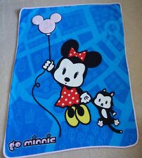 "Disney Disneyland Resort Go Minnie Mouse Fleece Throw Blanket 50"" X 38"""