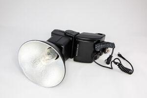 Hasselblad D-Flash 40 Shoe Mount Flash for  Hasselblad TTL -  Excellent++ cond