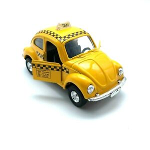 Volkswagen VW Beetle Bug Taxi Cab Pull-Back Toy Car Yellow Die Cast 1/32 Scale