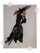 Grande Sorcière  à Suspendre avec Son Balais Porte-Bonheur Lunes  Halloween