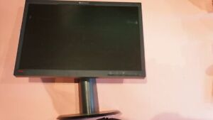 "LENOVO L2251PWD THINKVISION 22"" 1680 X 1050 LCD WIDESCREEN COMPUTER MONITOR"