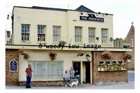 pu0159 - The Phoenix Pub , Bedford , Bedfordshire - photograph