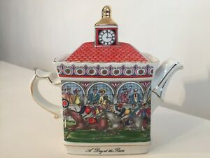 """""""SADLER"""" VINTAGE TEAPOT Championship Series """"A Day At The Races"""" MADE IN ENGLAND"""