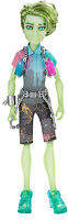 Monster High Porter Geiss HAUNTED - STUDENT SPIRITS Sammlerpuppe SELTEN CGV19