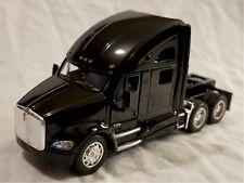 Kinsmart - 1:68 Scale Model Kenworth T700 Black (BBKT5357DBK)