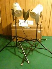 2 Vtg SMITH VICTOR Video Photography Lighting Set Q60 LIGHT & S9 STAND Combo Lot