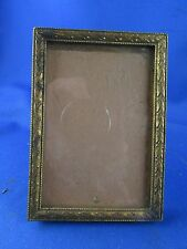 ancien petit cadre  porte photo en laiton doré style L XVI 19e  decor lauriers