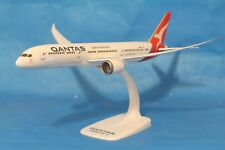 Qantas Boeing 787-900 Dreamliner 1:200 With Stand  Model Plane PPC 044
