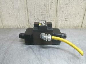 Parker D3W11CNYC5-14 Hydraulic Directional Control Solenoid Valve 110/120v