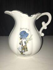 Vintage 1973 Holly Hobbie Genuine Porcelain Pitcher Gold Trim Mcmlxxiv 6�Tall