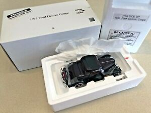 Danbury Mint 1933 Ford Deluxe Coupe - 1:24 - New In Box