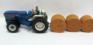 Britains Ford 8730 With Driver + Round Hay Bales - (2362)