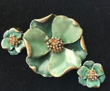 Vintage Capri Green Enamel Metal Flower Pin Matching Clip Earrings