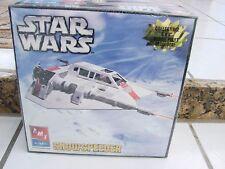 STAR WARS Snowspeeder AMT/ERTL Model Kit  skill 2 2005 Lucas Film ages 10+