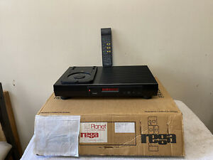 Rega Planet CD Player With Remote