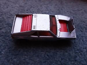 MATCHBOX LESNEY 1981 BMW M1 DIECAST CAR.  NO.52 1/57