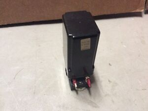 SYSTECON S9047 RELAY WITH BASE ST11-PC 300V 10A USED (TT4-3)