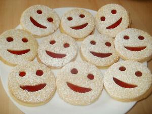 1kg  Selbstgebackene Kekse, Gebäck Plätzchen mit Erdbeermarmelade,Smilies