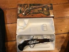 Dueling Pistol 1760 Deep Woods Avon After Shave Bottle With Box , New Full