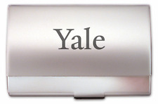 YALE UNIVERSITY Laser ENGRAVED SILVER BUSINESS GIFT CARD CASE Holder Bulldogs