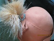 Vintage 1940'S Peach Hat W/Feathers