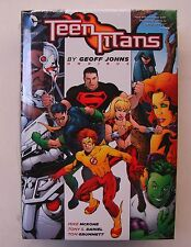 Us Teen Titans omnibus by Geoff Johns HC (nuevo)