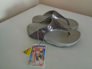 Fitflop Electra Women's SZ 6M Silver Sequin Platform Thong Sandals~NEW WITH TAG