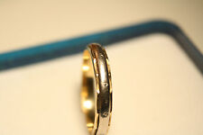 100% Genuine 18ct Gold  Ring Band . Excellent Condition