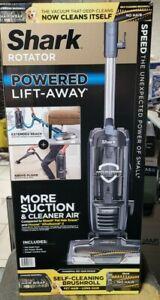 Shark Rotator Powered Lift-Away Vacuum Cleaner Self-Cleaning Brush Roller ZU621