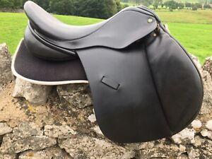 "17"" Ideal DEAL GP Saddle Black MW Fit Excellent Condition"