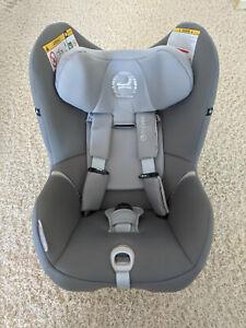 Kindersitz Cybex Sirona M2 i-Size mit Base M Manhatten Grey grau
