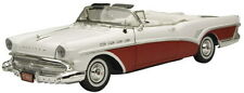 Motormax 1:18 Buick Roadmaster Convertible 1957 Pink / White 73152
